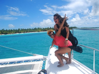 2 Girls on Catamaran