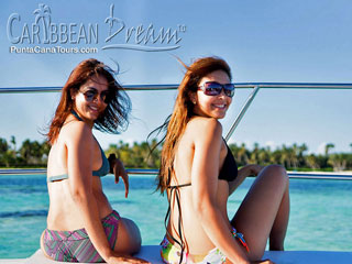 Catamaran Girls